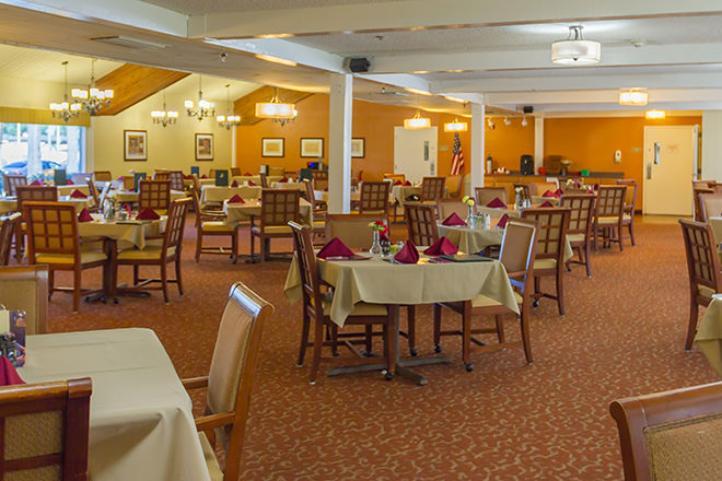 Brookdale Anaheim Dining Room