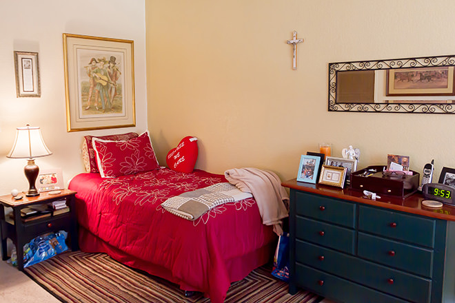 Brookdale Anaheim Bedroom