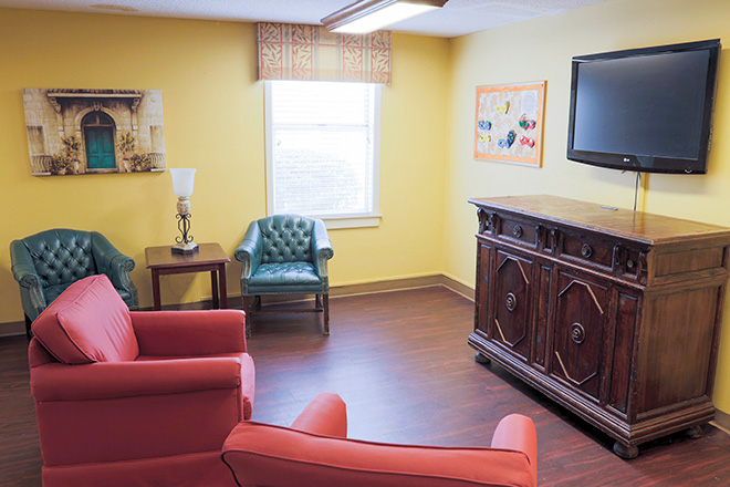 Brookdale Anderson Skilled Nursing Living Room