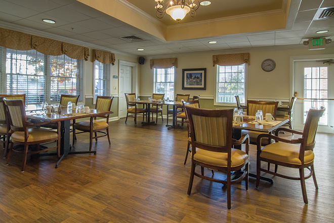 Brookdale Aurora Dining Room
