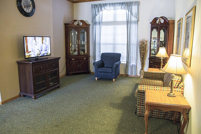 Brookdale Barberton TV Room