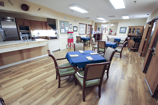 Brookdale Bay City Dining Room