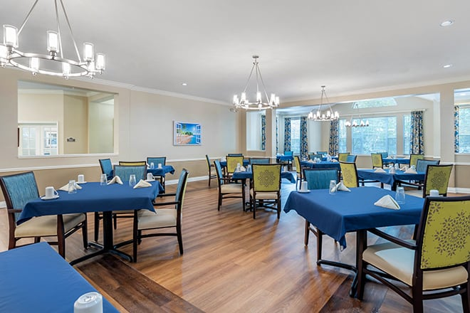 Brookdale Bluewater Bay  Dining Room