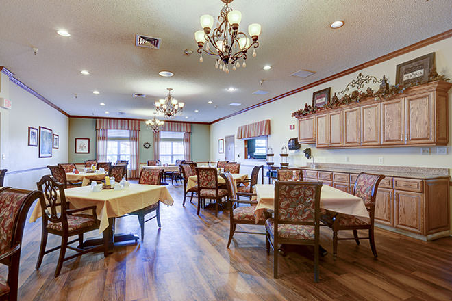 Brookdale Broadmoor Dining Room
