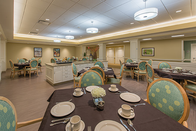 Brookdale Chatfield Memory Care Dining Room