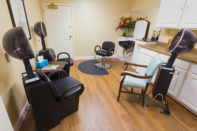 Brookdale Colonial Heights Salon