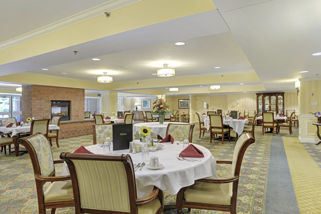 Brookdale Cumberland Dining Room
