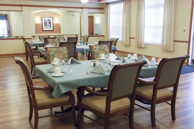 Brookdale Davison Dining Room