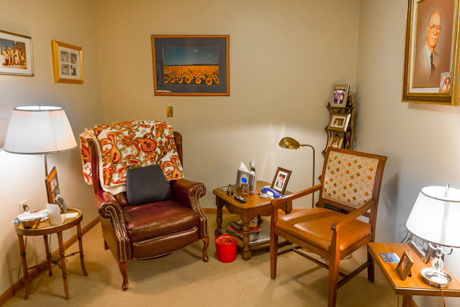 Brookdale dodge city assisted living in dodge city kansas for Live in caregiver room and board