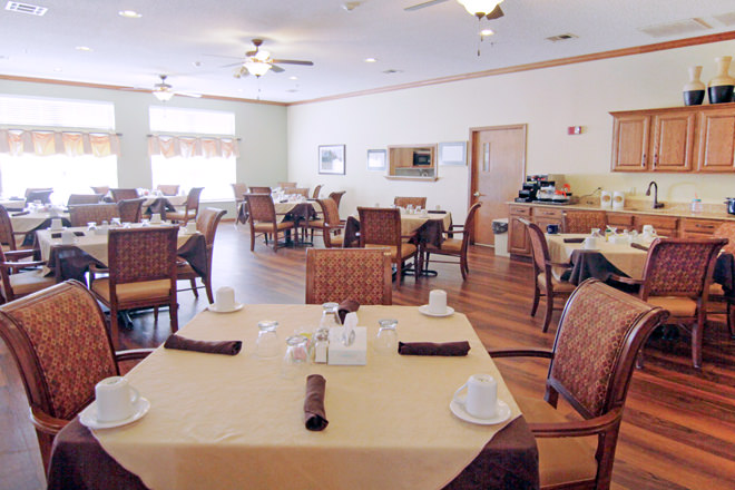Brookdale Durant Dining Room