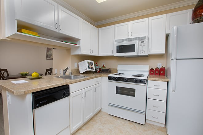 Brookdale First Colony Kitchenette