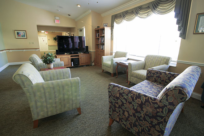 Brookdale Fort Myers Lakes Park TV Room