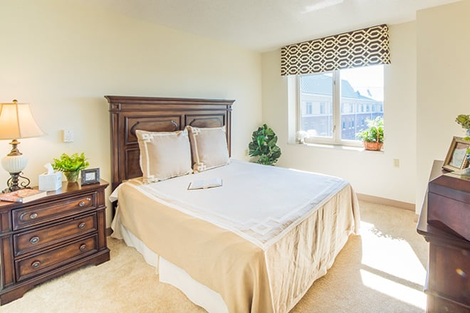 Brookdale Glen Ellyn Bedroom
