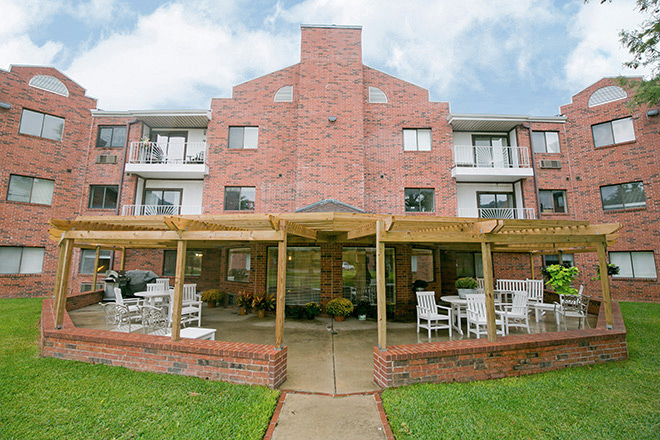 Brookdale Guadalupe River Plaza Skilled Nursing Patio