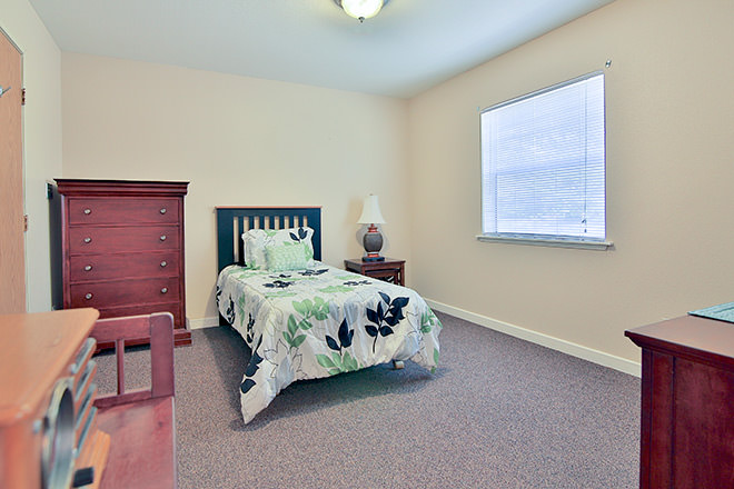 Brookdale Hearthstone Moses Lake Bedroom