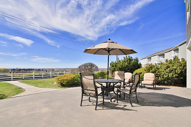 Brookdale Hearthstone Moses Lake Patio