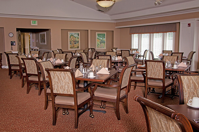 Brookdale Henderson Dining Room