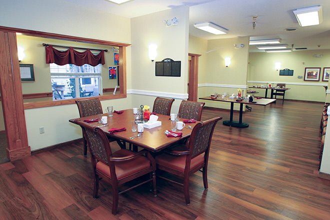Brookdale LaCrosse Dining Room