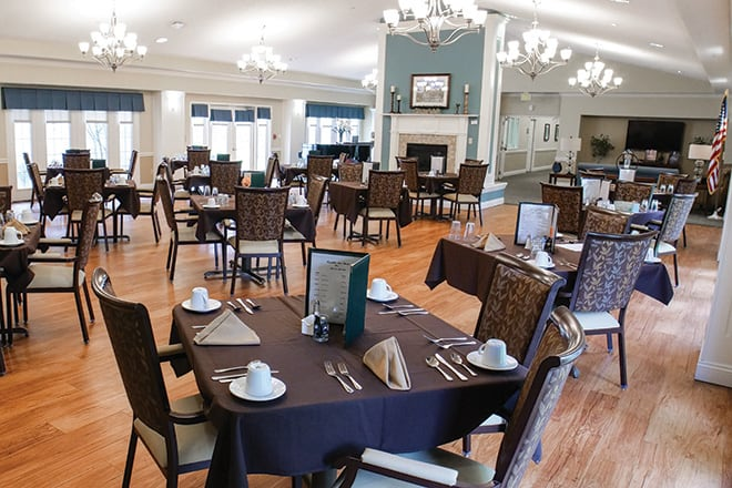Brookdale Lake Charles Dining Room