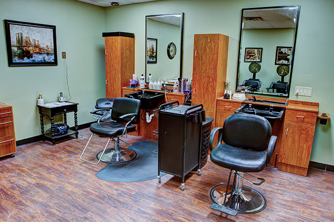 Brookdale Lakeview Crossing  Salon