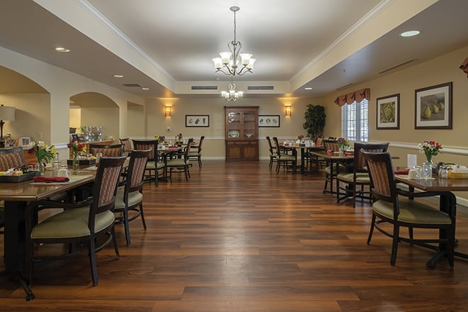 Brookdale Lakewood Dining Room
