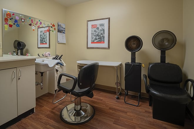 Brookdale Lakewood Salon