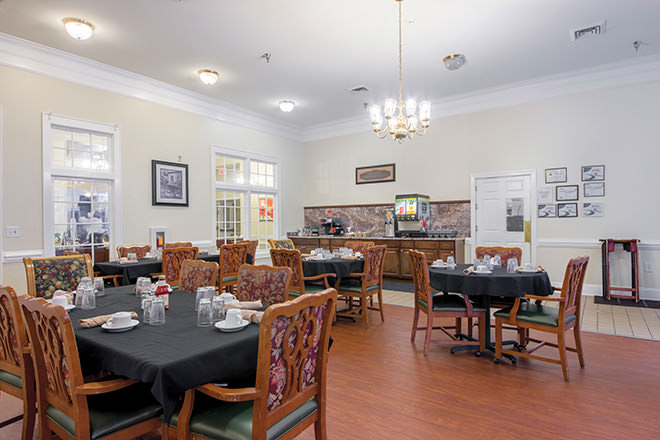 Brookdale Lawndale Park Dining Room
