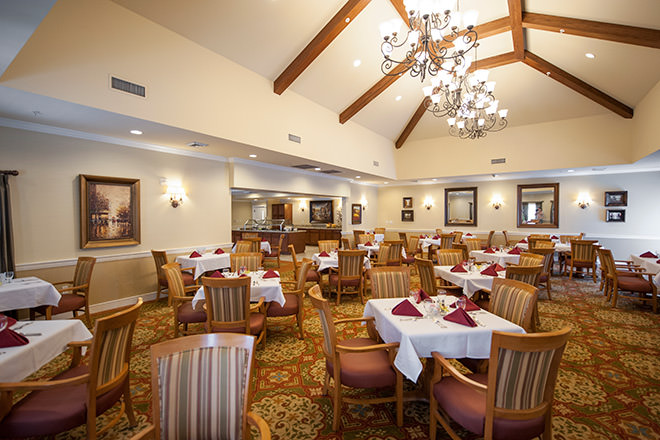 Brookdale Mirage Inn Dining Room