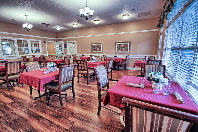 Brookdale Monroe Square Dining Room