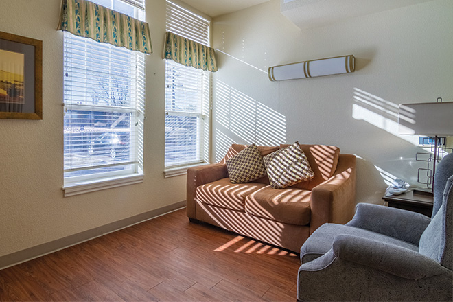 Brookdale Mountain View Skilled Nursing Living Area