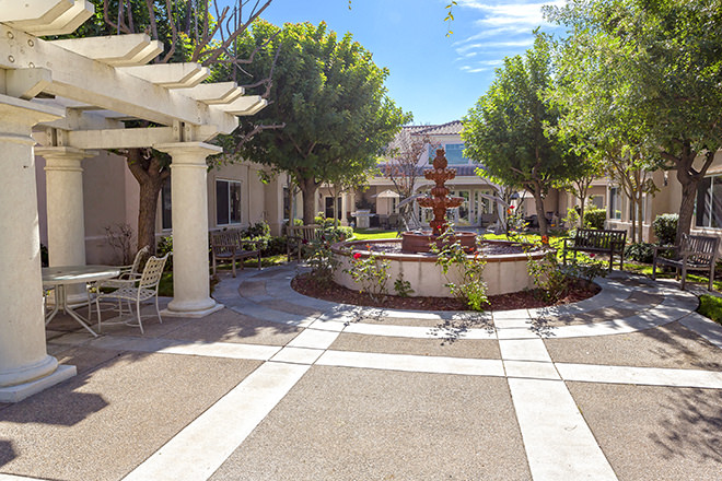 Brookdale Murrieta  Courtyard