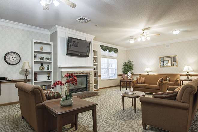 Brookdale New Bern Community Living Room