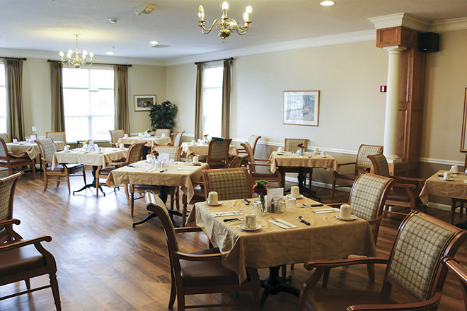 Brookdale Niagara Dining Room