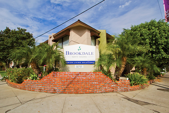 Brookdale North Tarzana Entrance