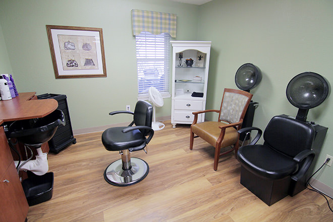 Brookdale oklahoma city southwest memory care in oklahoma for 9309 salon oklahoma city
