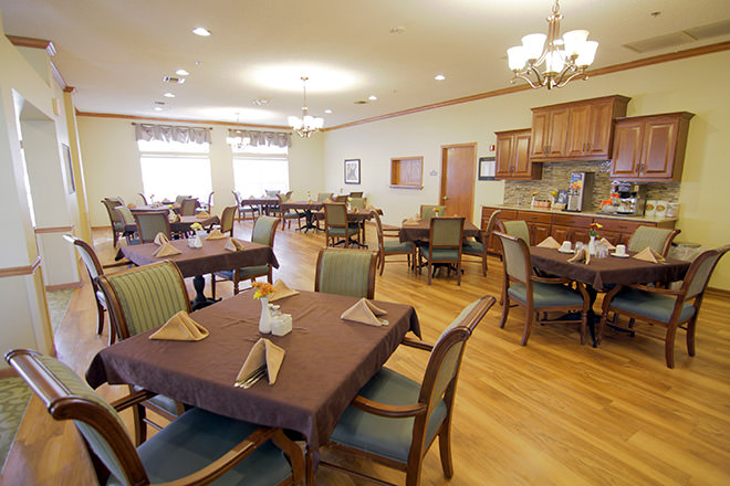 Brookdale Owasso Dining Room