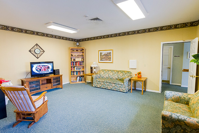 Brookdale Owatonna  MC (MN) Community Living Room