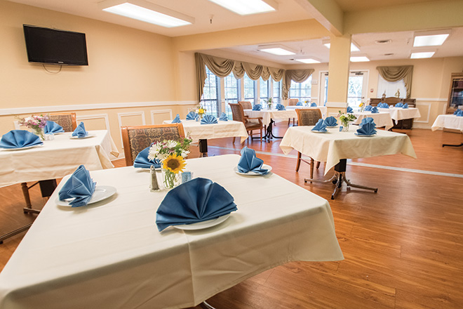 Brookdale Patriot Heights Skilled Nursing Dining Room