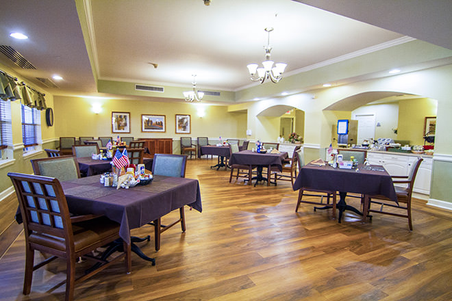 Brookdale Pearland Dining Room