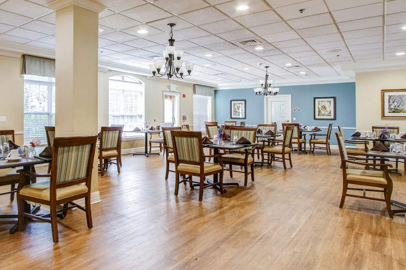 Brookdale Pikesville Dining Room