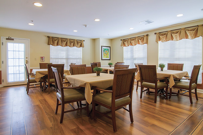 Brookdale Pinehurst Park  Dining Room