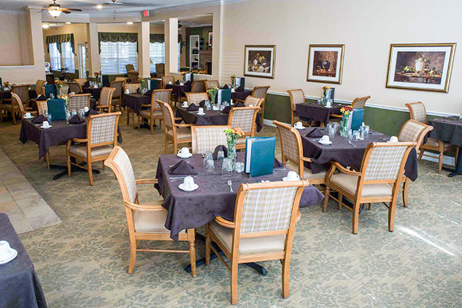 Brookdale Port Orange Dining Room