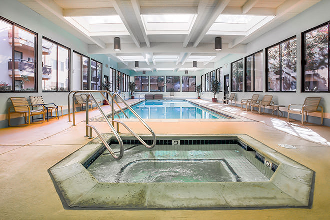 Brookdale Redwood City Indoor Pool