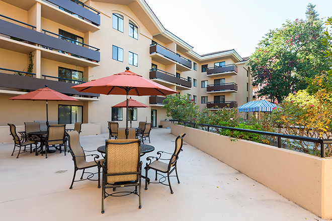 Brookdale Redwood City Patio