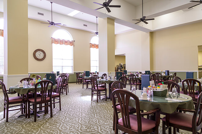Brookdale Russellville Dining Room