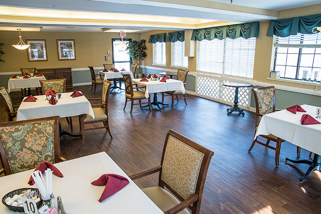 Brookdale South Bay Skilled Nursing Dining Room