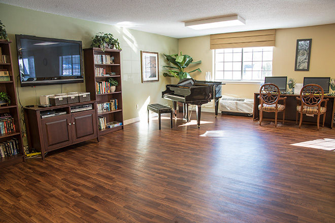 Brookdale South Bay Skilled Nursing Common Area