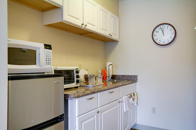 Brookdale South Bay Apartment Kitchen Area