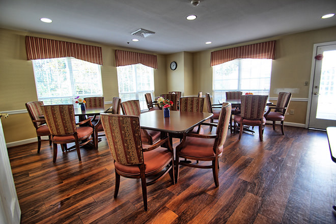 Brookdale South Park Dining Room