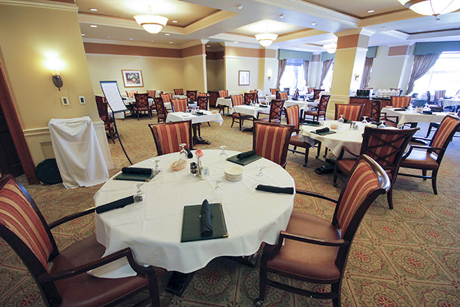 Brookdale Southfield Dining Room